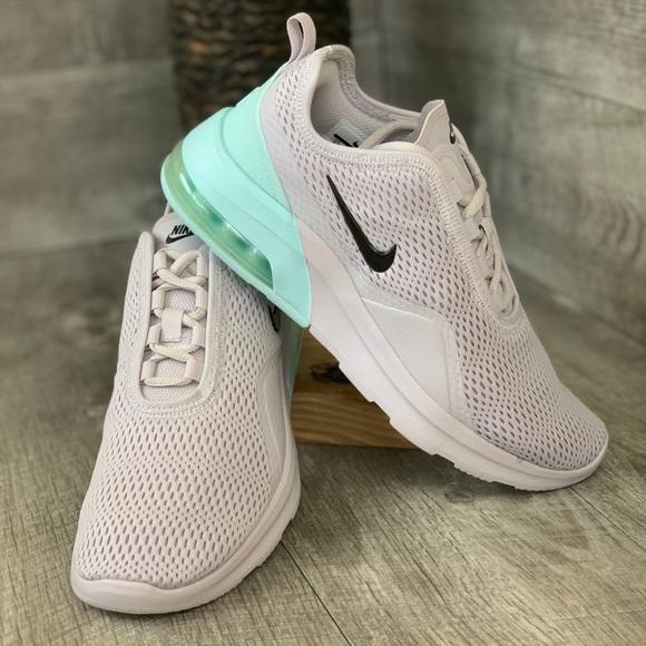 Nike Air Max Motion 2 Women size 7.5 NWT
